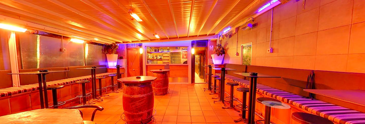 El Bar Kayak es más que un Bar, disfruta de las mejores copas, en el ambiente más agradable